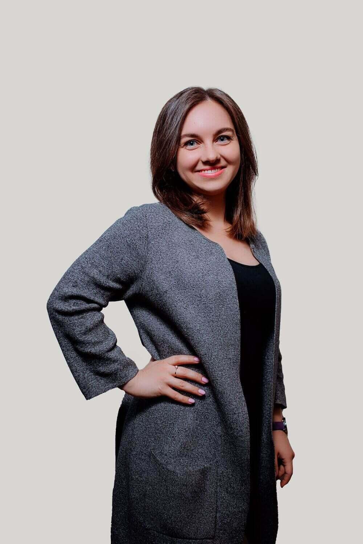 Nadya Sales Manager